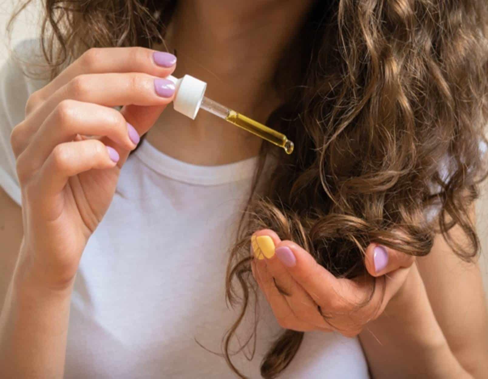 Fácil e potente: Aprenda a fazer hidratação caseira para cabelo ressecado