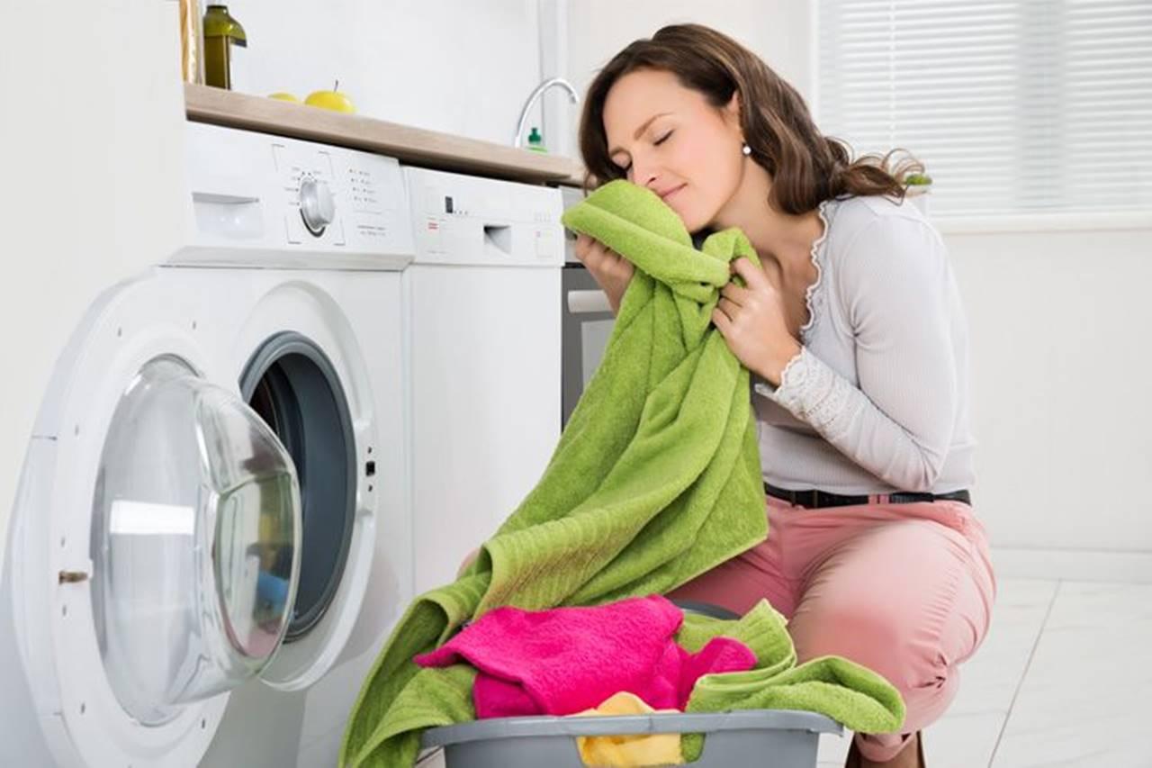 Aprenda como manter as roupas perfumadas e cheirosas por um bom tempo