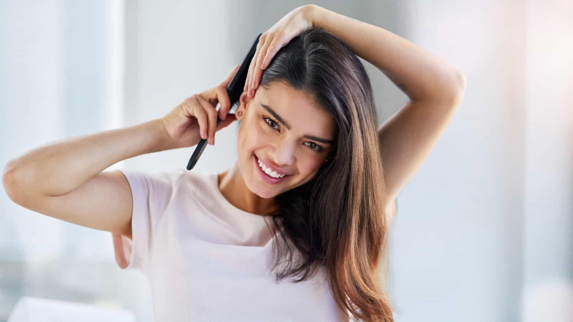 Aprenda dois remédios caseiros para combater a queda de cabelo