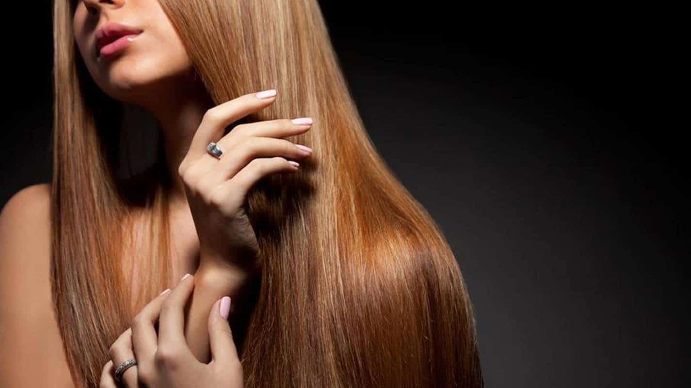 Veja como fazer queratina natural para alisar o cabelo sem química
