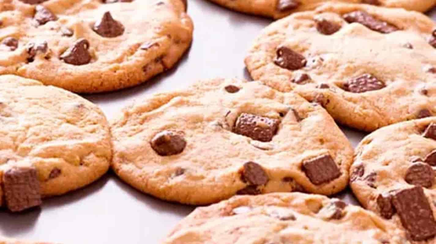 A receita original de cookies de chocolate: fácil e saboroso!