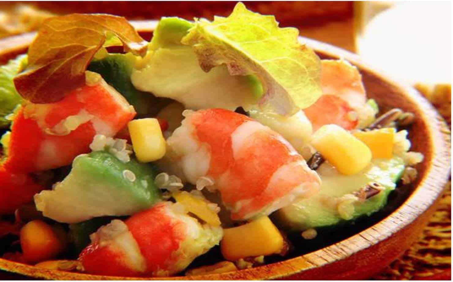 Salada de Camarão com abacate para o Natal