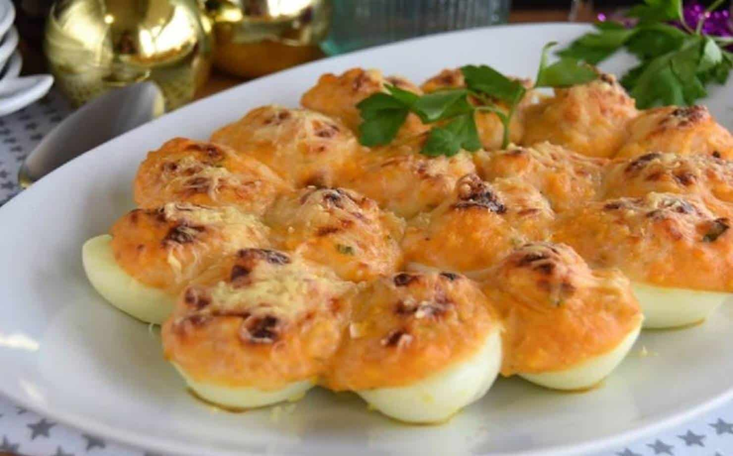 Rico e nutritivo: deliciosos ovos recheados com bacalhau