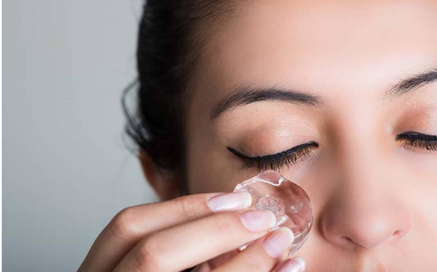 Conheça o tratamento a base de gelo que promete um rosto radiante
