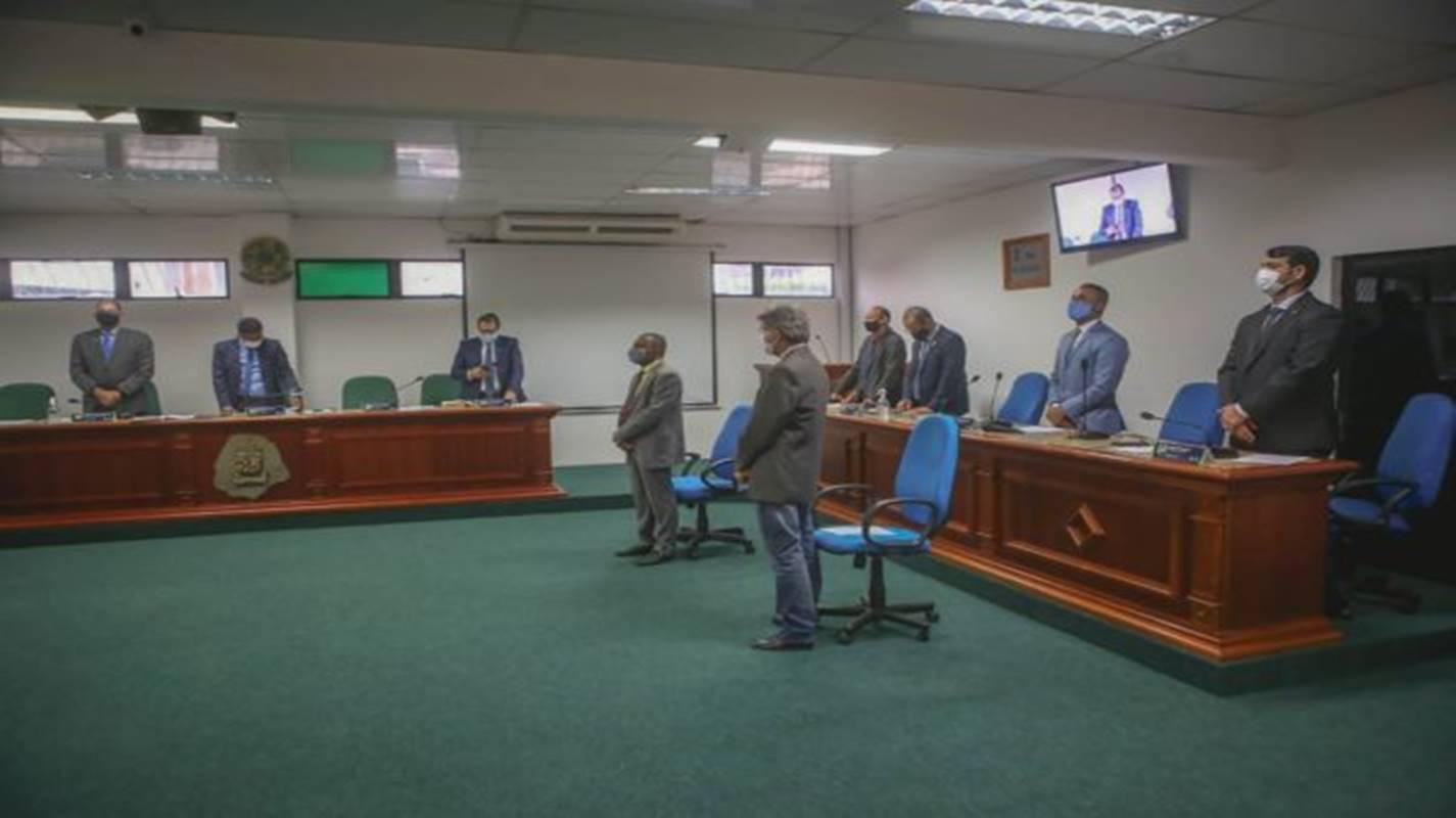 Câmara aprova PL que permite compra de vacinas contra Covid-19 em Simões Filho