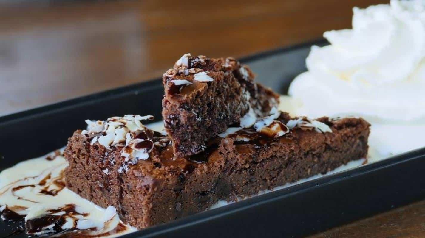 Brownies de chocolate com rum, prepare esta delícia com uma receita fácil