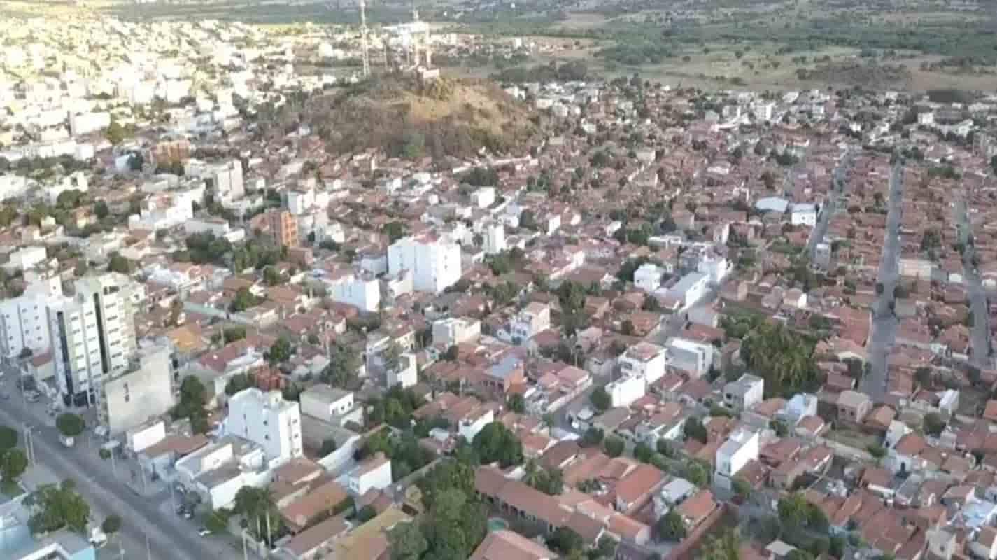 Governo da Bahia proíbe serviços não essenciais em 23 municípios