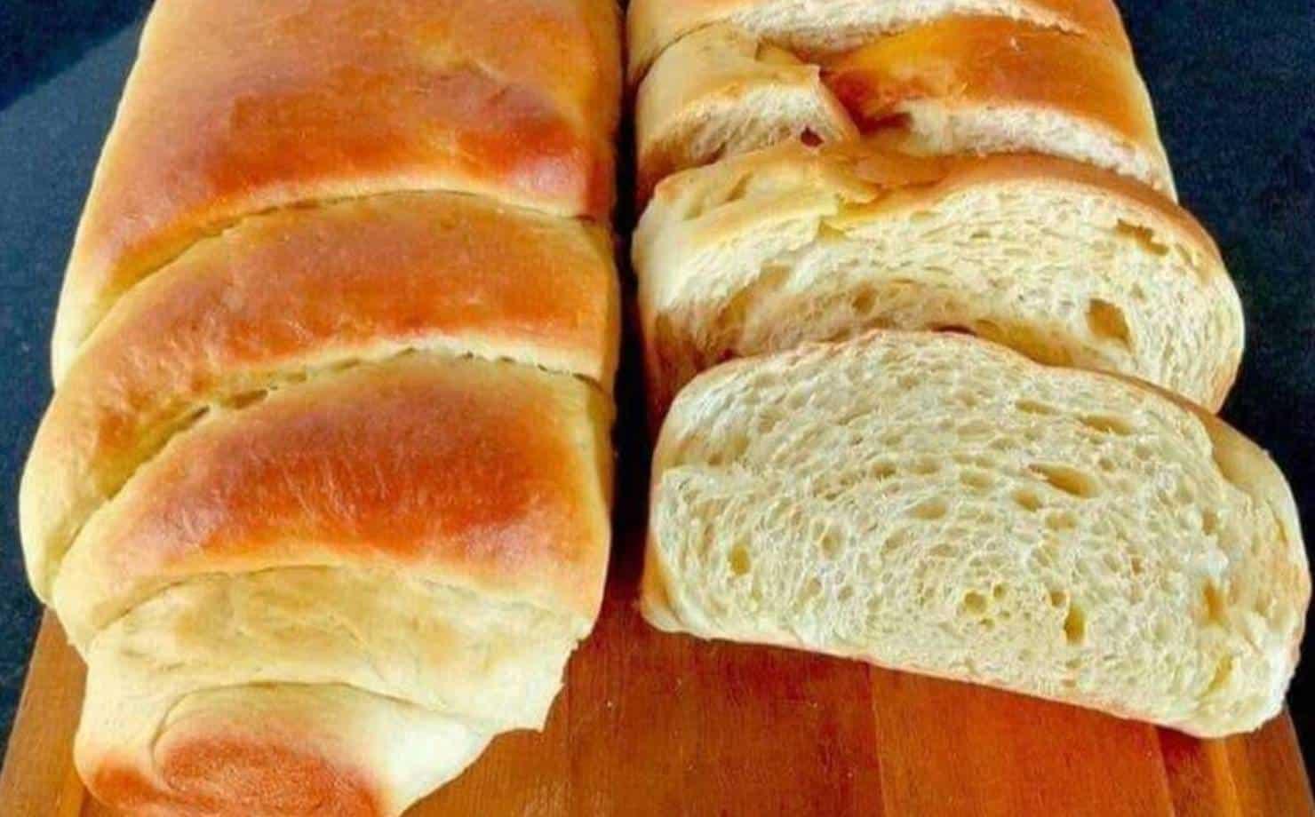 Receita de pão manteiga prático, fofo e fácil de fazer