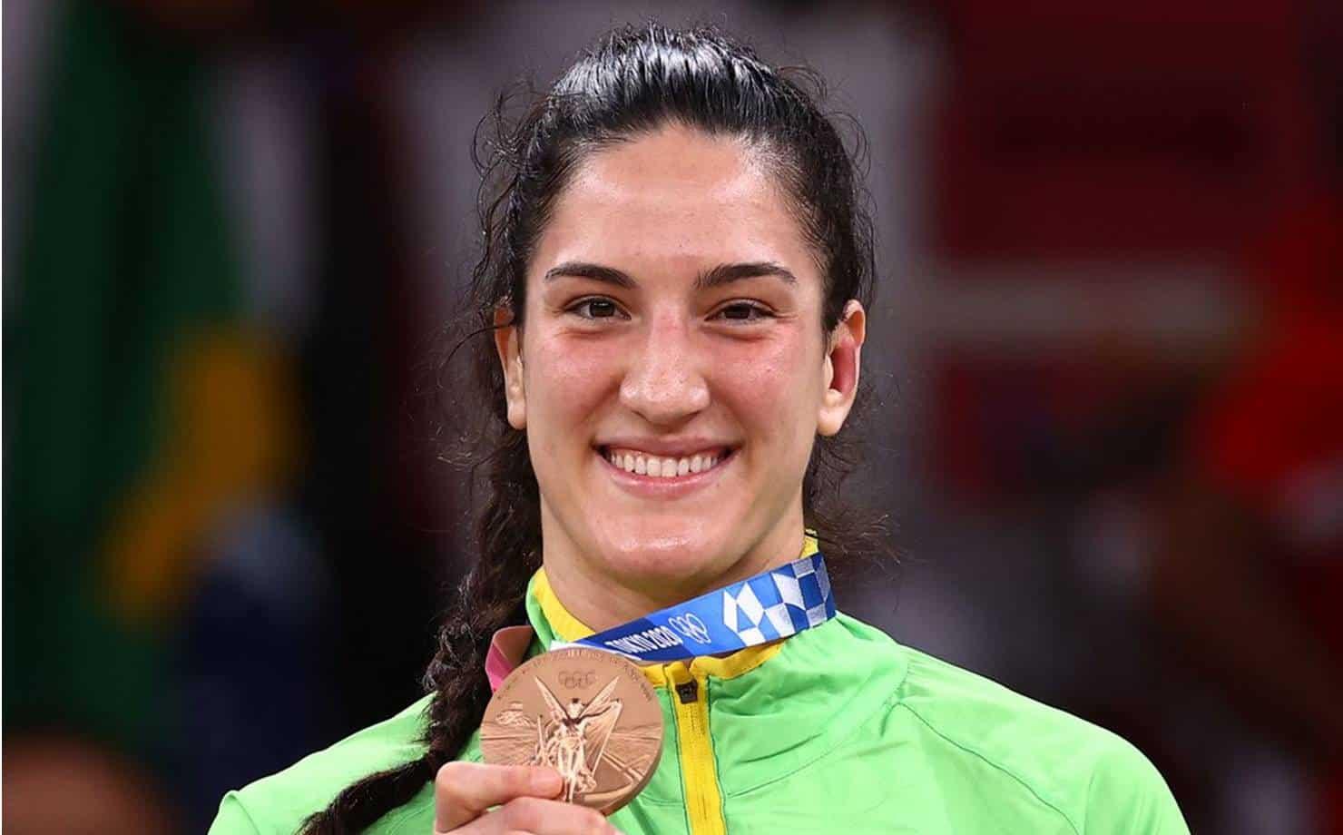 Olimpíadas 2021: Mayra Aguiar conquista bronze no judô
