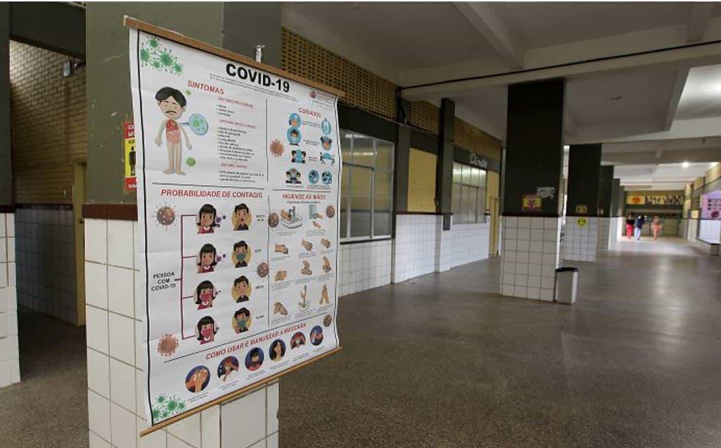 Bahia: estudantes da rede estadual terão uma refeição a mais com aulas semipresenciais