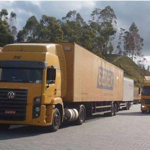 Caminhões Correios