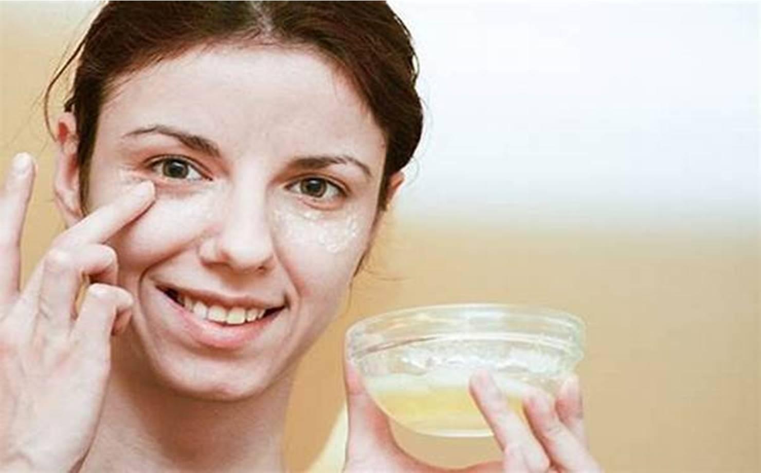 Como fazer uma máscara facial para eliminar rugas com clara de ovo