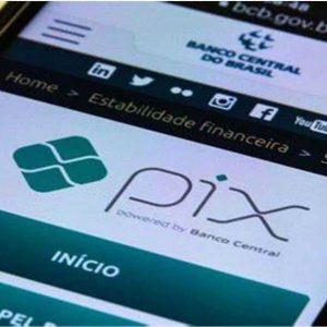 Celular com Tela no Pix